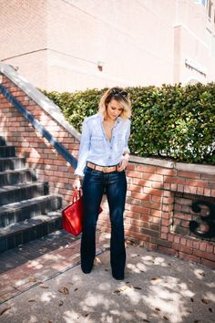 Courtney Kerr of What Courtney Wore featuring 7 For All Mankind Frame Denim Gap YSL Gorjana Michele and Tory Burch. The post Blue Jean Baby (What Courtney Wore) appeared first on Best Jeans. What Courtney Wore, Courtney Kerr, Denim Fashion, Fashion Outfits, Womens Fashion, Double Denim, Best Jeans, Frame Denim, Wide Leg Jeans