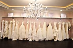 Amanda's Hyde Park Bridal recently opened in, you guessed it, Hyde Park. Exclusive, on-trend bridal gowns and accessories