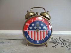 RobertShaw Alarm Clock Small Alarm Clock by VintageShoppingSpree