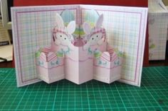 How to make a triple pop-out card Card Making Templates, Card Making Tutorials, Making Ideas, Making Cards, Fancy Fold Cards, Folded Cards, Kirigami, Cascading Card, Tarjetas Pop Up