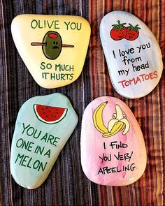 Rock Painting Ideas that will inspire you to start creating! Don't be intimidated by all the rocks you see. Painted Rock Ideas are perfect for beginners! Crafts 30 Easy Rock Painting Ideas For Your Crafty Garden (for Beginners) Rock Crafts, Cute Crafts, Crafts For Kids, Stone Crafts, Teen Summer Crafts, Jar Crafts, Kids Diy, Rock Painting Designs, Paint Designs