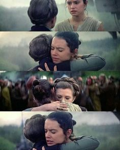 Rey deja a Finn en recuperación y se despide de Leia para ir con Chewie a buscar a Luke
