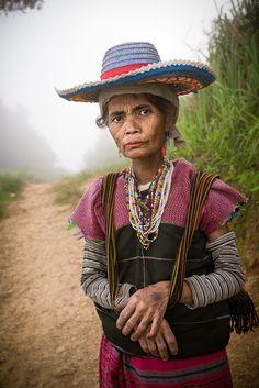 The Shaman's wife - Karen Hill Tribe, Gi Pa Doo village, Mae Sariang, Thailand