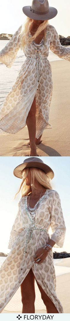 Show us your sandy toe, show us your fashion style.
