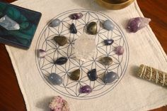https://www.energymuse.com/flower-of-life-crystal-grid-cloth-2852.html