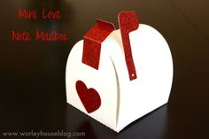 Valentines Mail Box #lifestylecrafts