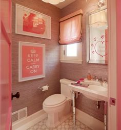 Beau Sponsor Spotlight: Circa Lighting {Pretty In Pink: This Bathroom At The  2010 ELLE DÉCOR San Francisco Showhouse Features The Simple Scallop Pendant  Designed ...