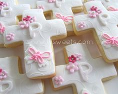 Crosses by L sweets, via Flickr