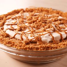 cookie butter pie Fix your peanut butter craving with this recipe from Healthy Dessert Recipes, Pie Recipes, Just Desserts, Baking Recipes, Sweet Recipes, Cookie Recipes, Delicious Desserts, Yummy Food, Tasty