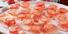 No 'pagne no gain. Strawberry Champagne Jello Shots