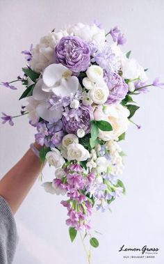 Bridal bouquet flowing purple-white Bridal bouquet flowing purple-white You are in the right place about wedding decor entrance Here we offer you the most beautiful pictures about Lilac Wedding Flowers, Spring Wedding Bouquets, Spring Bouquet, Flower Bouquet Wedding, Wedding Lavender, Purple Bouquets, Purple Flower Bouquet, Lavender Bridal Bouquets, Cascading Wedding Bouquets