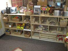 Preschool Classroom Layout, Block Center Preschool, Eyfs Classroom, Preschool Centers, Classroom Setting, Classroom Design, Classroom Decor, Classroom Organization, Preschool Room Decor