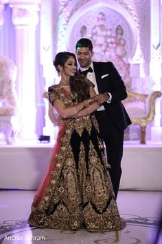 Indian wedding reception first dance capture https://www.maharaniweddings.com/gallery/photo/146935