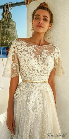 Wedding Dress eva lendel 2017 bridal half cape sleeves illusion bateau sweetheart neckline heavily embellished bodice romantic a line wedding dress open v low back chapel train (white) zv - Chic bridal gowns that are perfect the stylish, modern bride. Wedding Robe, Dream Wedding Dresses, Boho Wedding, Trendy Wedding, Perfect Wedding, Wedding Ceremony, Wedding Ideas, Wedding Dress Cape, Vintage Wedding Dresses