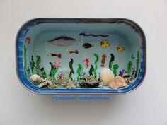 Fundo do mar na latinha de sardinha