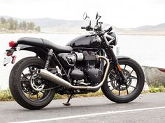 Triumph Street Twin: Reviewed | Motorcycle Cruiser