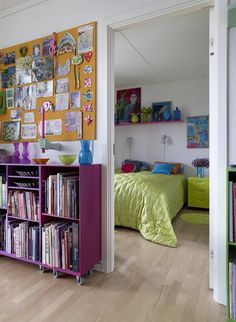 A colourful flat for a creative homeowner