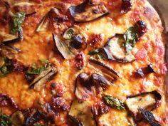 Keittiössä, kotona ja puutarhassa: Rapea pizzapohja kotiuunissa