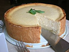 Hungry Couple: A German Inspired Cheesecake No Bake Desserts, Just Desserts, Delicious Desserts, Dessert Recipes, Yummy Food, German Desserts, German Recipes, Cupcakes, Cupcake Cakes