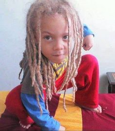 Locs on kiddies is probably one of my favourite things ever.....@Bee Nasty