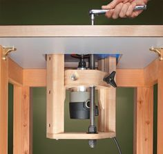 Router jig router lift woodsmith plans tools pinterest a shop made router lift from woodsmith plans greentooth Image collections