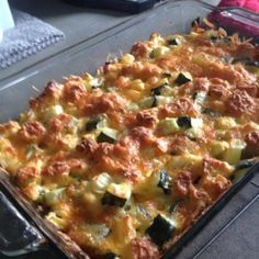 Zucchini Cornbread Casserole Cheesy Zucchini Casserole I Zuchinni Recipes, Vegetable Recipes, Vegetarian Recipes, Cooking Recipes, Healthy Recipes, Stuffed Zucchini Recipes, Apple Recipes, Cooking Ideas, Easy Recipes