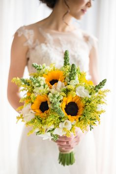 Yellow bridal bouquet with sunflowers // White Valentino Rockstud leather pumps - bridal shoes //Gary and Yanny's bright, sunflower-filled destination wedding in Phuket, Thailand