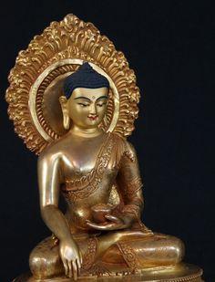 Bronze Nepali Buddha statue from Nepal, Bhumisparsha Mudra, made from bronze, Antique Buddha statues