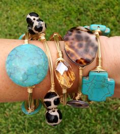 Set of 5 - Southern wire Turquoise cowhide wire wrapped bangle bracelet. Handmade Inspired by Bourbon & Boweties