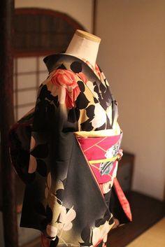 10月13日 邸宅で見るアンティーク着物展@鎌倉西御門サローネ - アンティーク着物な日々 Japanese Outfits, Japanese Fashion, Japanese Clothing, Japanese Style, Traditional Kimono, Traditional Dresses, Wedding Kimono, Japanese Aesthetic, Yukata