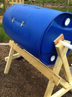 How to Build a DIY Compost Tumbler #organicgardening