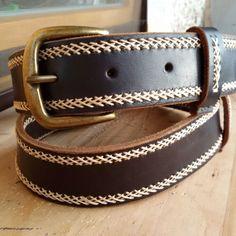 Ремень ручной работы. Ремень из натуральной кожи, прошит вручную вощеной нитью. цвет кожи и нити по желанию и наличию. Инста @michail_by пишите, заказывайте, будьте яркими). Leather Art, Custom Leather, Leather Belts, Leather Sandals, Men's Belts, Belt Buckle Display, Belt Buckles, Girls Belts, Belts For Women
