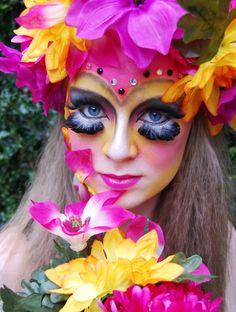 makeupftw:    head piece and make up by myselfhttp://iwishiwasawainwright.tumblr.com/