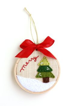 "Merry Christmas Tree in the Snow 3"" Hoop Art Christmas Ornament -- love it"