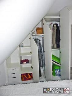 placard sous pente chambre mansard rangement sous pente rangements d co pinterest. Black Bedroom Furniture Sets. Home Design Ideas