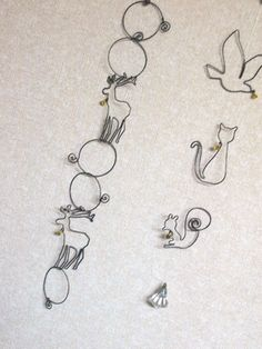 .wire garland made of animal shapes