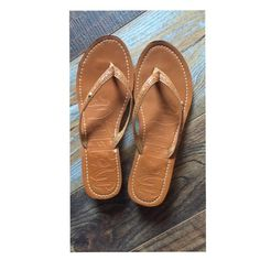 2ee5d24f2 Leather flip flops Only worn once