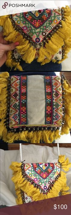 Antik Batik purse Super fun purse by Antik Batik. Lightweight, great for dressing up any outfit. Like new Antik Batik Bags