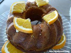 Bolo de Laranja com Sementes de Papoila - http://gostinhos.com/bolo-de-laranja-com-sementes-de-papoila/