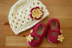 Baby Girl Flower Hat with Mary Jane Booties Set - You Choose Colors by MaddyMade