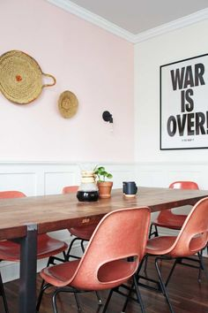 "Before & After: ""MOHO"" Style in a Colorful Family Home 