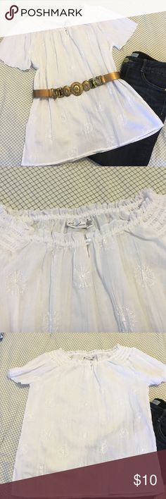 NEW LISTING Kim Rogers very pretty white blouse. Very pretty white pleasant look blouse with elastic around the neck.  Can be worn as is but also can be pulled down on the shoulders for a different look.  Never wore.  Excellent condition.  Measures 25 1/2 inches in length. Kim Rogers Tops Blouses