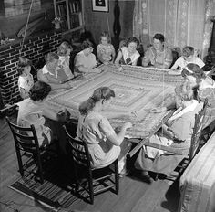 Circa three generations of a Kentucky Hills family work together on a multi-colored quilt. What are you working on this weekend? (Photo by Evans/Three Lions/Getty Images) Vintage Pictures, Old Pictures, Vintage Images, Old Photos, Quilt Pictures, Antique Quilts, Vintage Quilts, Vintage Sewing, Quilting Frames