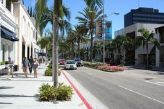 Rodeo Drive in Beverly Hills, CA as seen at http://tripwow.tripadvisor.com/slideshow-photo/rodeo-drive-los-angeles-united-states.html?sid=10593332&fid;=upload_12846709605-tpfil02aw-29941