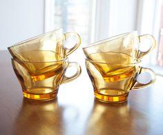 Solde  Ensemble de 4 tasses à café ou à thé vintage par 3rvintages