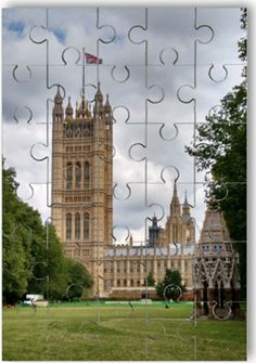 An amazing gift for anyone! Personalise your own wooden jigsaw puzzle by adding your own photo.  www.personalisewise.com