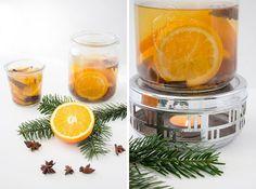 """""""Weihnachtston, Weihnachtsbaum, Weihnachtsduft in jedem Raum! Fröhliche Weihnacht überall…"""" Wer liebt ihn nicht, den typischen Weihnachtsduft? Wenn ein Hauch von Zimt und Orange durch die Wohnung schwebt und es einfach nach Weihnachten riecht. Mhhhhh einatmen… ausatmen….riecht ihr es? Nein? Dann legt mal schnell los mit dem DIY Raumduft! Er ist super einfach und total natürlich....Weiterlesen »"""