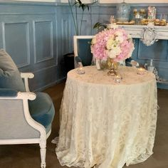 """Stationery & Floral Design on Instagram: """"Such a beautiful setting for the babyshower of @anjazeidler and @mi.an26 .Thank you for choosing @gncluxuryinvitations for your event…"""" Babyshower, Floral Design, Ottoman, Stationery, Furniture, Beautiful, Instagram, Home Decor, Stationery Shop"""