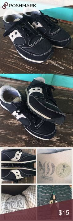 Saucony Jazz size 9.5 black/cream running shoes Black/cream Saucony Jazz Running Shoes, size 9.5. Minimal use but some wear on the insoles. Shoes are in great used condition. Saucony Shoes Sneakers
