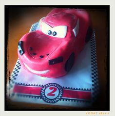 #cars #cake #lightingMcQueen